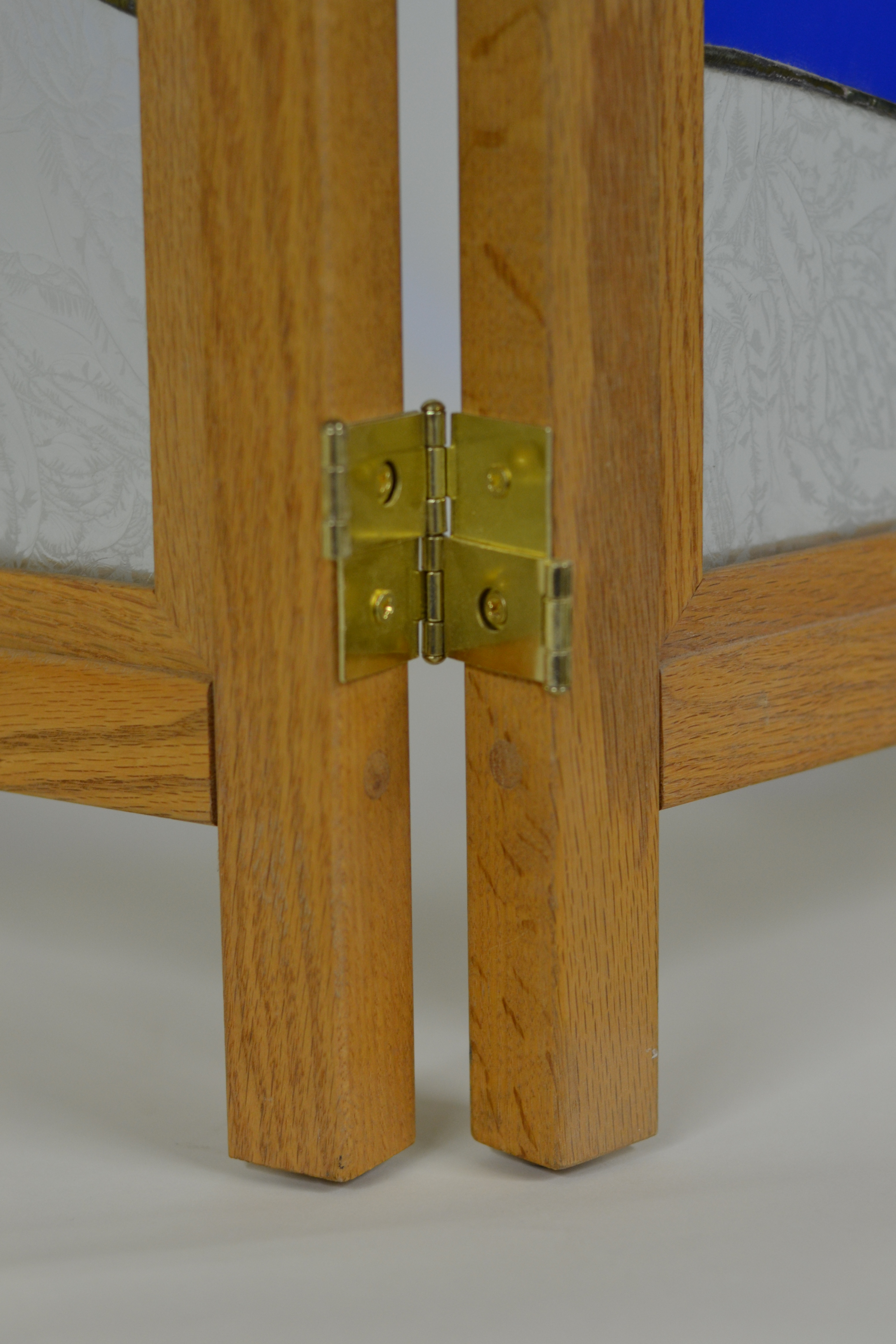 Northern Hardwood Frames Double Acting Hinges
