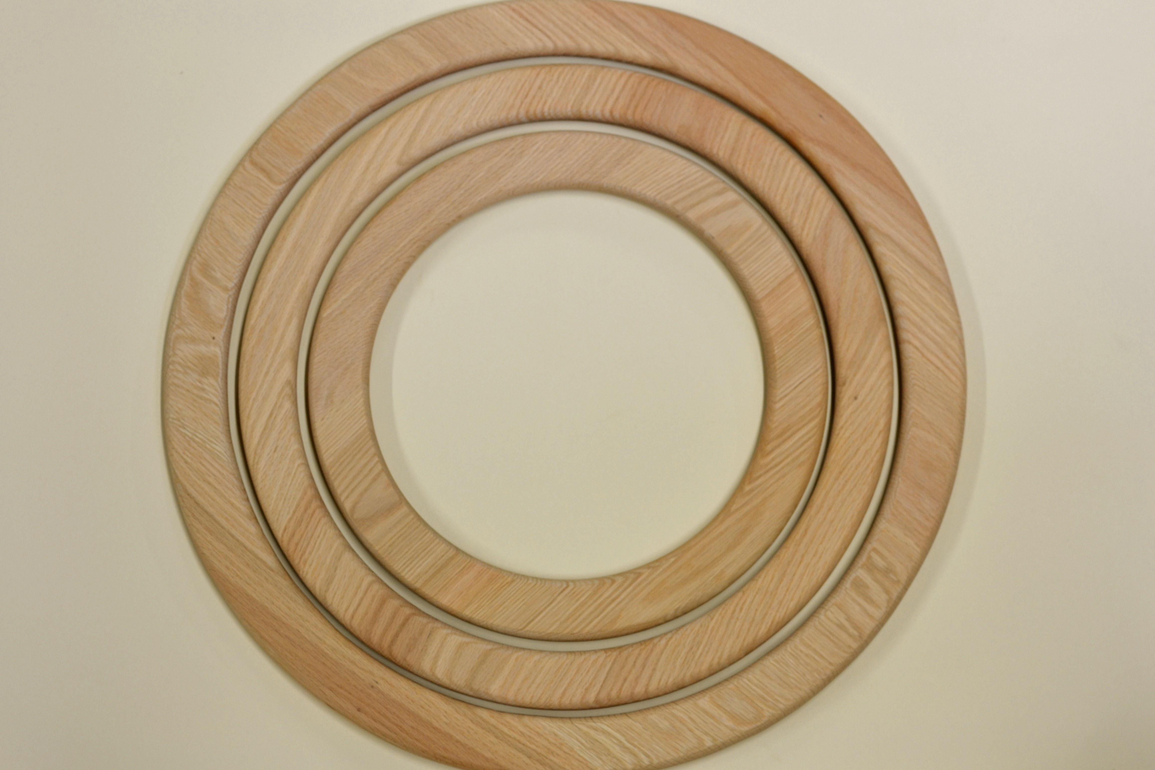 Round wood picture frames round designs magnificent round wood picture frame ornament ideas thecheapjerseys Image collections